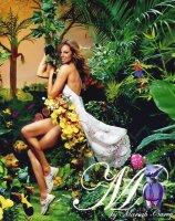 Mariah Carey M perfume ad