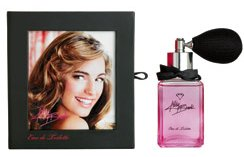 Kelly Brook perfume