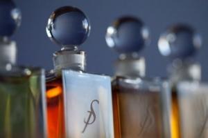 Strange Invisible Perfumes parfum line