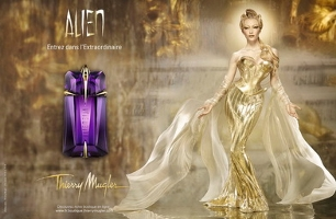 Thierry Mugler Alien, fragrance advert