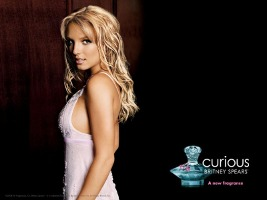 Britney Spears Curious fragrance advert