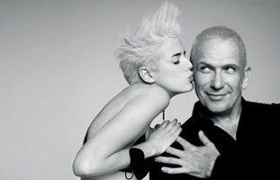 Jean-Paul Gaultier with model Agyness Deyn
