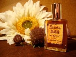 Wiggle Bee perfume