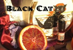 Velvet & Sweet Pea Purrfumery Black Cat