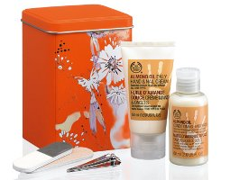 The Body Shop Almond Oil Hand Care Minis Gift Set