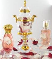 >Caron's Délire de Roses urn & bottles