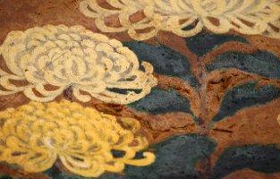 antique chrysanthemums