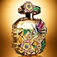 Victoria's Secret Bombshell Fantasy perfume bottle