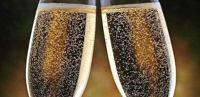 fizzy champagne