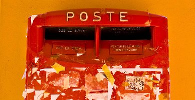 Post box, Bologna