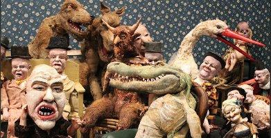 Armchair Parade, Dillon Gallery