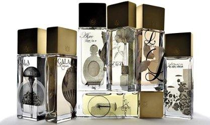 Loewe Más allá de la Realidad perfume bottles