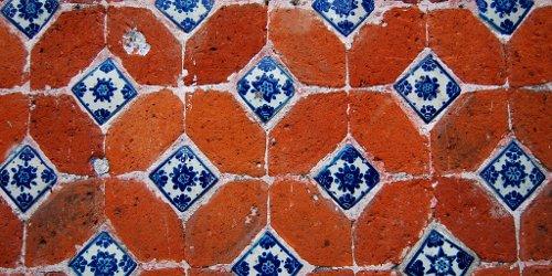 Puebla tiles