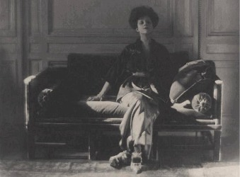 Mrs. Rita de Alba de Acosta Lydig 1913