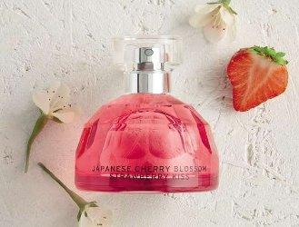 The Body Shop Japanese Cherry Blossom Strawberry Kiss
